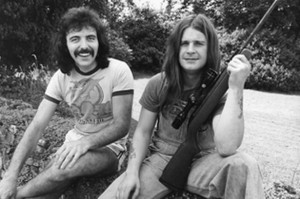 tony-iommi-and-ozzy-osbourne-in-1977-133315622-3905561